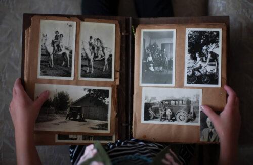 Uspomene detinjstva skladištene u jednom dvorištu